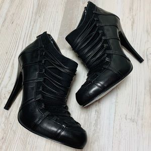 Carlos Santana Black Leather Ankle Booties 6